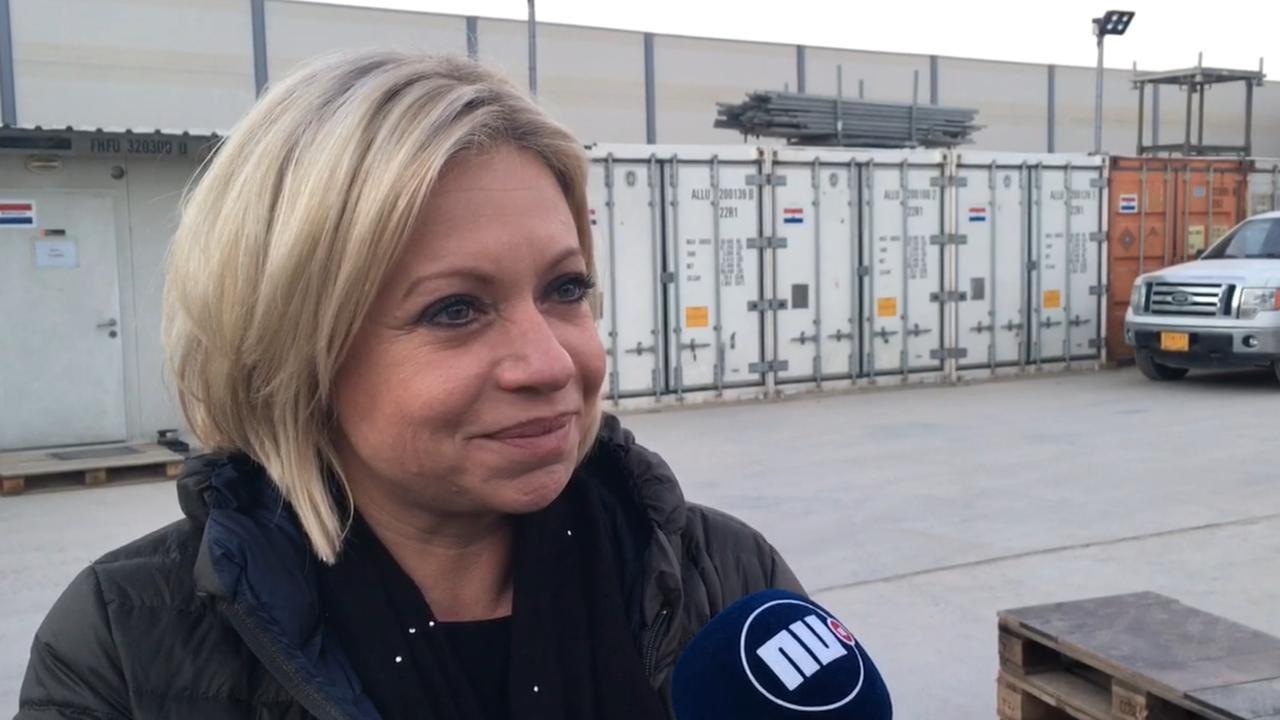 Hennis bezoekt Nederlandse militairen: 'We maken en boeken vooruitgang'