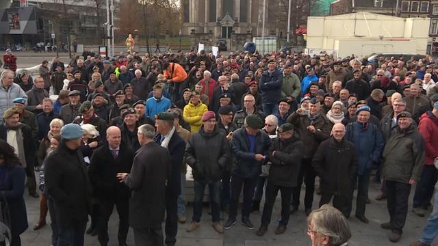 Veteranen demonstreren voor opvulling gat AOW