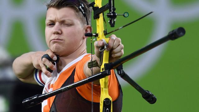 Boogschutter Van den Berg naar laatste zestien in individuele toernooi