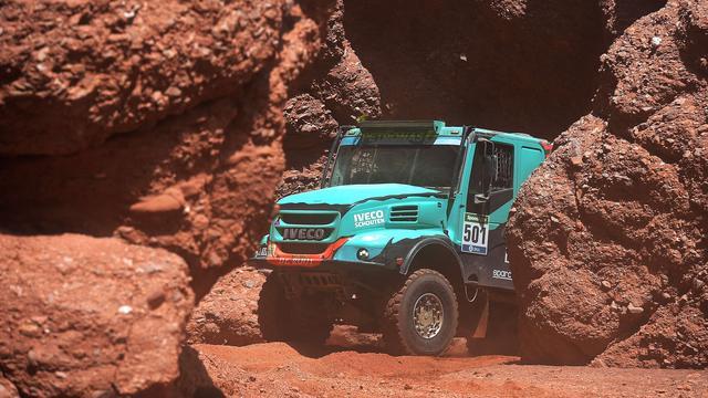 Dubbelslag trucker De Rooy in achtste etappe Dakar Rally