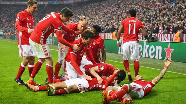 Bayern mede dankzij wondergoal Robben veel te sterk voor Arsenal