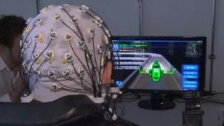 Verlamde patiënt bestuurt game met hersensignalen