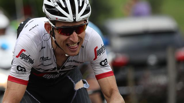 Mollema zakt na valpartij naar tiende plek in klassement Tour de France