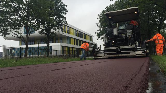 Laatste asfaltlaag aangebracht ter hoogte van KSE