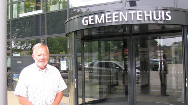 Raadslid Moerdijk stelt vragen over asbestdaken