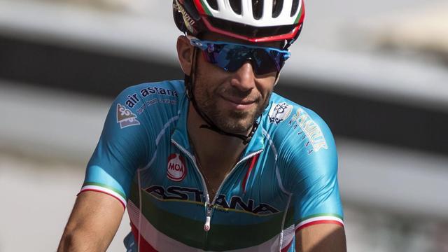 Nibali ziet Dumoulin als outsider in Ronde van Italië