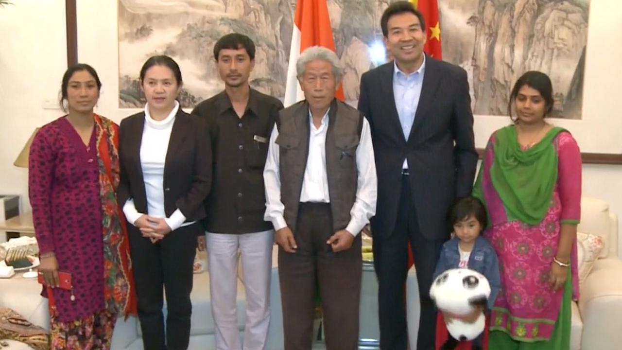 Chinees na ruim vijftig jaar in India herenigd met familie