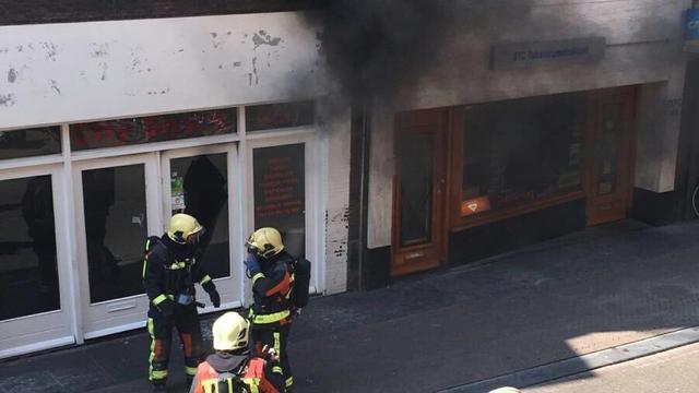Student start inzamelingsactie afgebrande snackbar Leiden