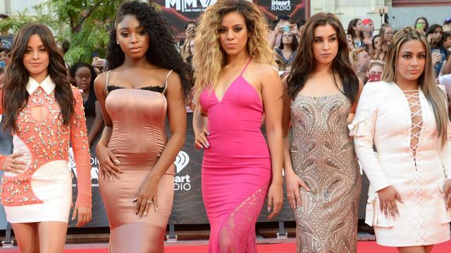 Camila Cabello treedt weer op met Fifth Harmony