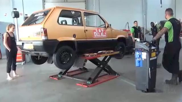 Fiat Panda rijdt de Mongol Rally voor AutoWeek