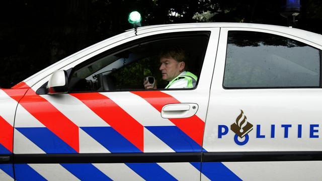 Man krijgt pech met gestolen auto op A27 en wordt aangereden