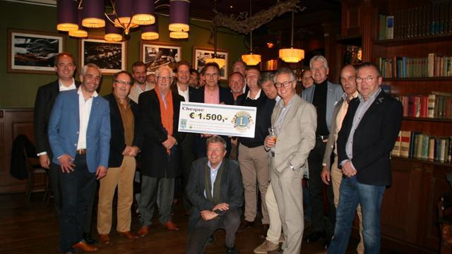 Flinke bijdrage Lionsclub voor Laarzenpad