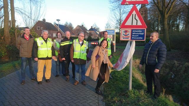 Nieuwe bordjes voor buurtpreventie in Zegge