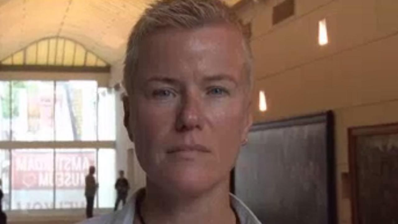 Ellie Lust vertelt via audiotour over homoseksualiteit in Amsterdam