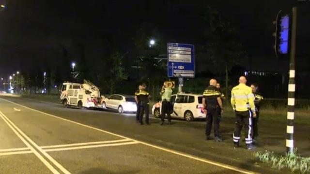 Politie lost waarschuwingsschot bij aanhouding op Piet Heinkade