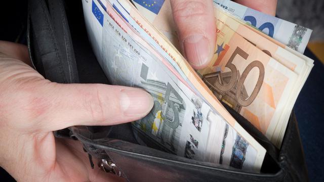 Topinkomens in Nederland minder sterk gestegen