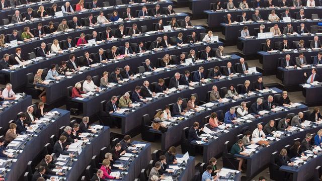 Leerlingen Mencia Sandrode bezoeken Europees Parlement