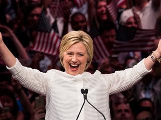 Clinton heeft sinds dinsdagnacht genoeg gedelegeerden om kandidaat te worden
