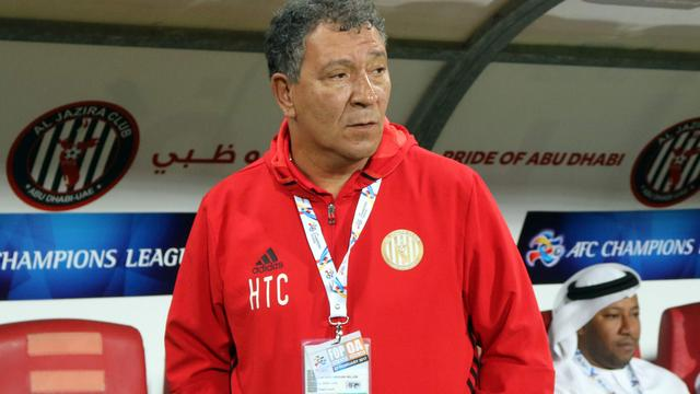 Blije Ten Cate tekent alsnog voor extra seizoen bij Al Jazira