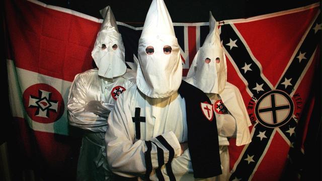 Ku Klux Klan kondigt feestparade aan om overwinning Trump te vieren