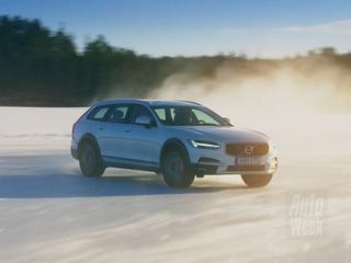 AutoWeek test de nieuwe Volvo V90 Cross Country in zijn natuurlijke habitat: het hoge noorden van Zweden.