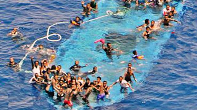 Europese missie vernietigt honderd vluchtelingenboten Middellandse Zee