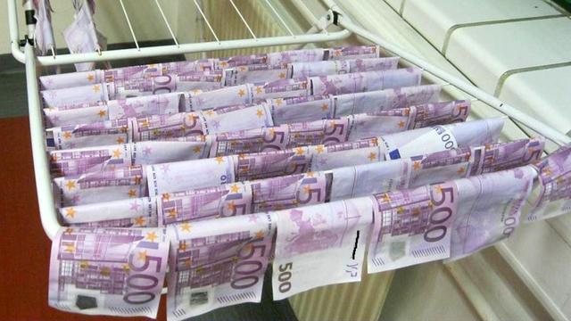 Bulgaarse politie vindt 13 miljoen euro aan vals geld