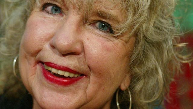 Schrijfster Helga Ruebsamen (82) overleden