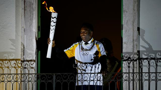 Pelé moet kiezen tussen ontsteken olympisch vuur en sponsor