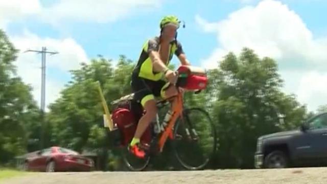Man fietst 2.200 kilometer om hart van dochter nog één keer te horen