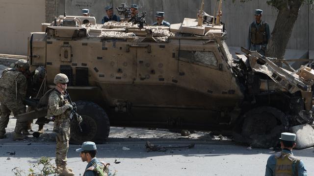 Hennis wil missie in Afghanistan niet uitbreiden