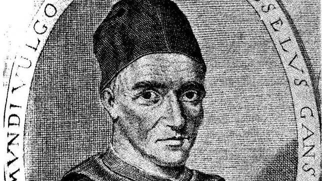 Beenderen Wessel Gansfort na decennia terug in Martinikerk