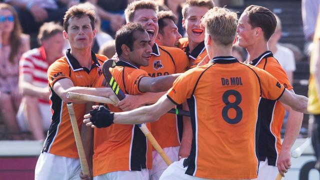 Hockeyers Oranje Zwart dwingen beslissingsduel om titel af