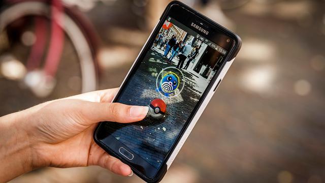 Ontslag dreigt voor buschauffeur die Pokémon speelt