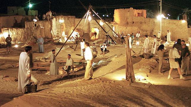 archeologen-graven-historische-stad-in-egypte.jpg
