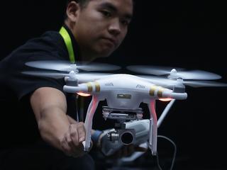 Hulpdiensten krijgen dronetraining op Twente Airport