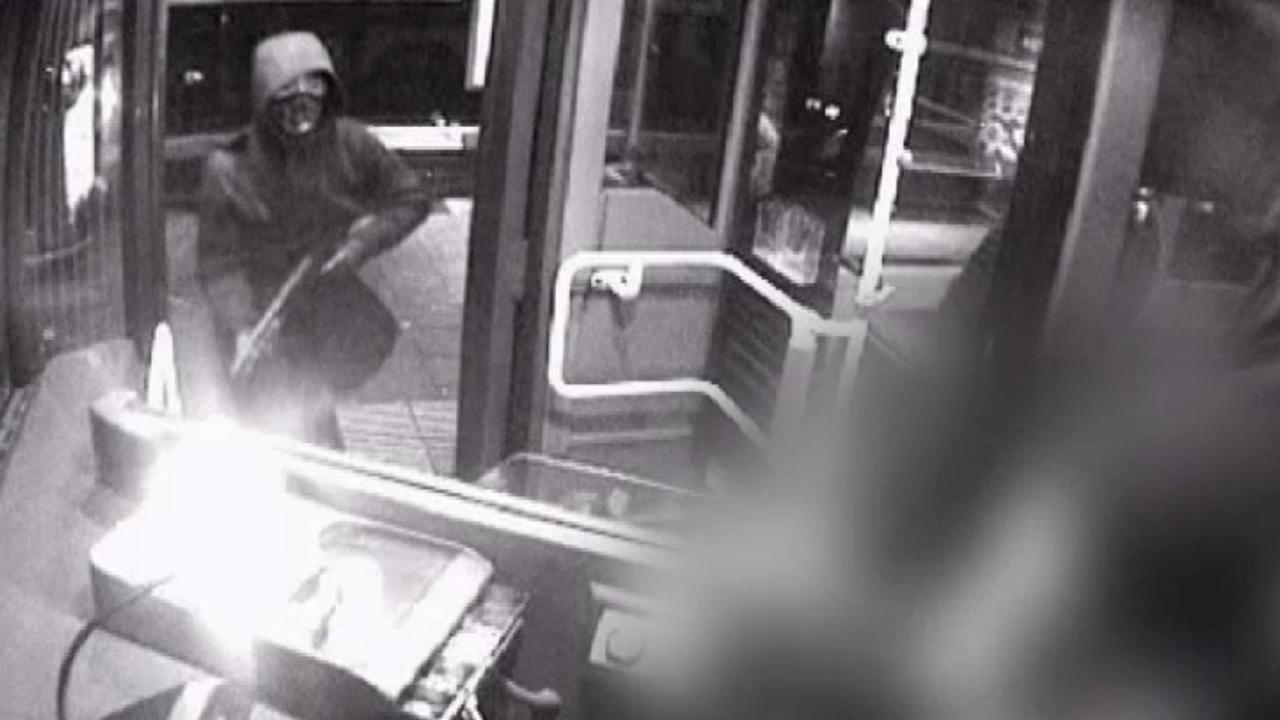 Overvaller buschauffeur Noord gebruikt shotgun