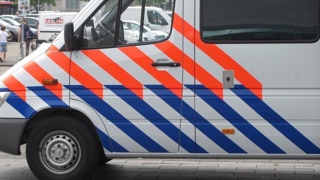 Politie zoekt naar billenknijper in Alphen aan den Rijn