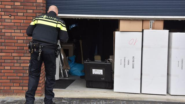 Politie ontdekt hennepkwekerij aan de Flemingweg