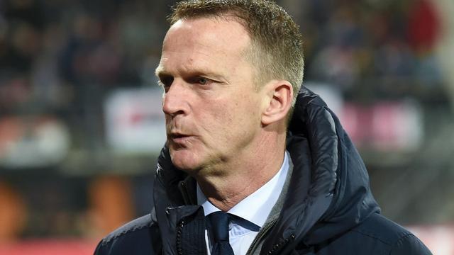 Van den Brom vindt dat AZ goed speelde tegen Olympique Lyon