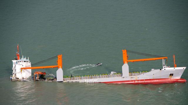 Berging Nederlands vrachtschip Flinterstar begonnen
