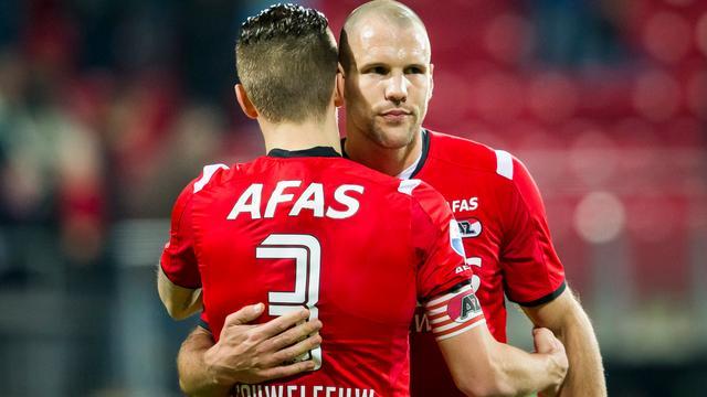 AZ pakt punt bij terugkeer Vlaar na doelpuntrijke slotfase tegen Utrecht