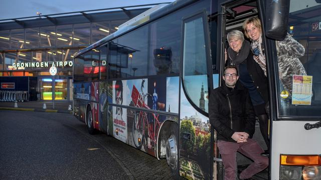 Groningen Airport Eelde wil snelle bus naar centrum houden