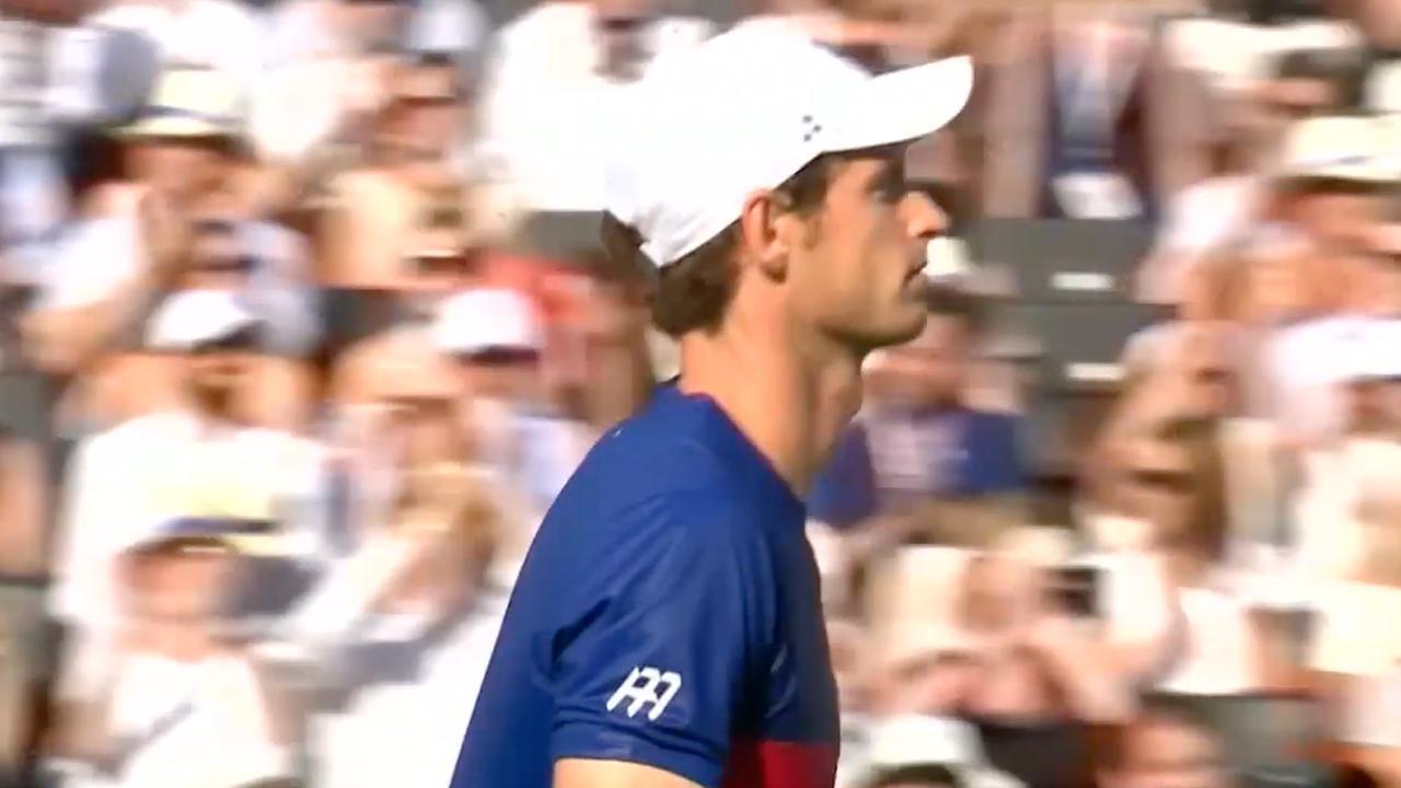 Eerste ronde eindstation Murray op Queen's, Federer door in Halle