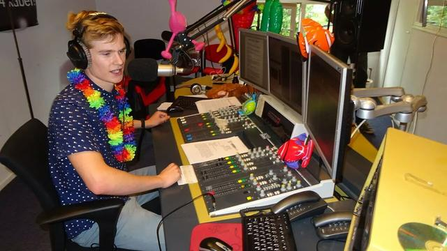 Zomerse 50 zaterdagmiddag op Sleutelstad FM