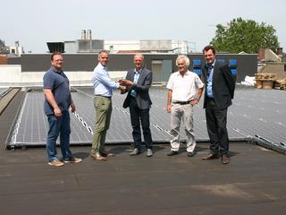 Zonnedak op Nieuwe Veste telt 926 zonnepanelen