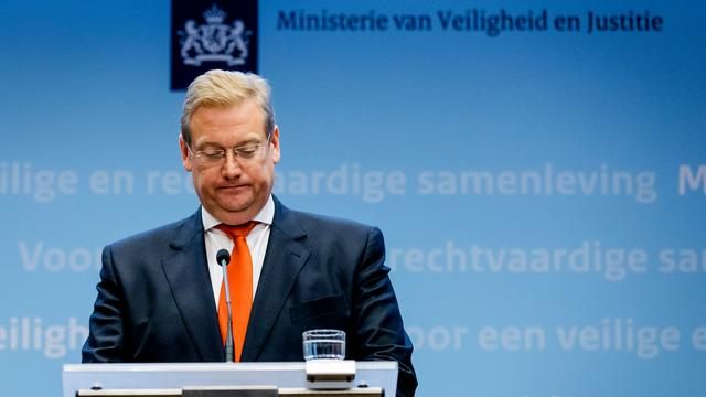 Van der Steur wil niet op VVD-kandidatenlijst voor Kamerverkiezingen