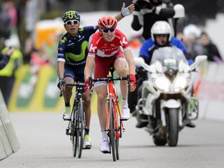 Rus van Katusha in tweede etappe bestraft voor onreglementaire sprint