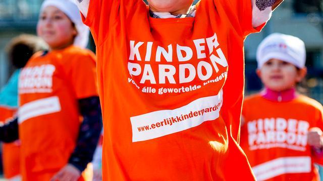 PvdA-lid Van Dijken wil alsnog congres over kinderpardon