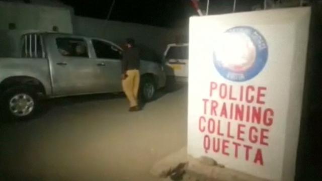 Zeker 59 doden bij aanval op politieschool Pakistaanse Quetta